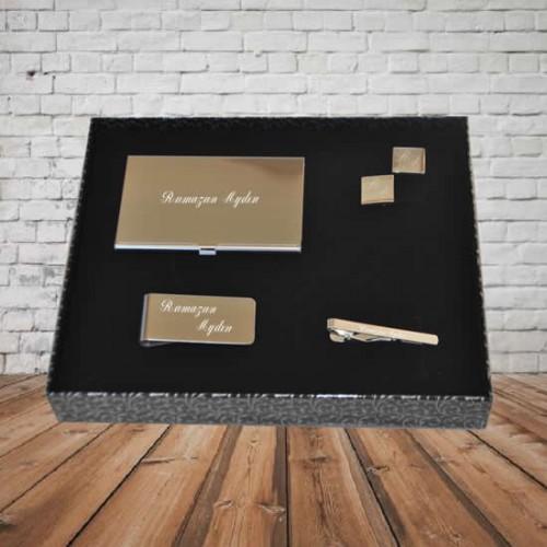 Kişiye ve İsme Özel Kartvizit, Para Tutacağı, Kol Düğmesi ve Kravat İğne Seti - Kutu Mesajlı
