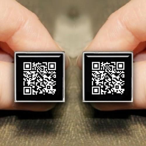 Kişiye Özel Gizli Mesajlı QR Kodlu Kare Kol Düğmesi